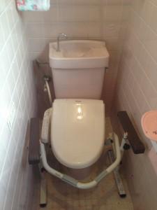 施工前 トイレをバリアフリー ピュアレストQR