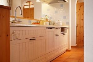 無垢扉のキッチン ウッドワン「スイージー」