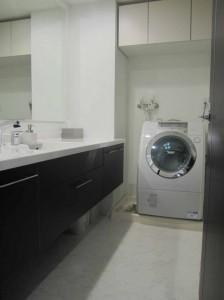 間口1800mmに対応できる洗面化粧台 ラルージュ 大阪市都島区