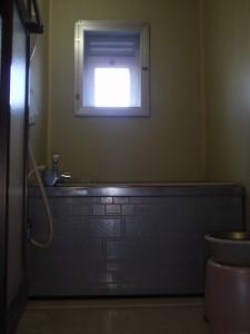 ビフォー リノビオP 明るい 浴室