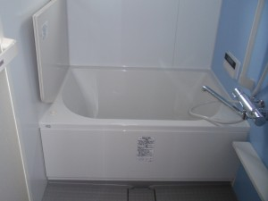リノビオP 明るい 浴室