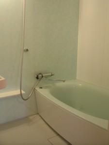 人工大理石の浴槽 パナソニック リフォムス